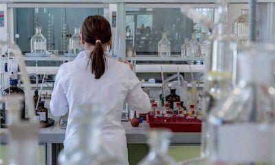 PNAS:新型抗生素能够治疗小鼠的眼睛失明